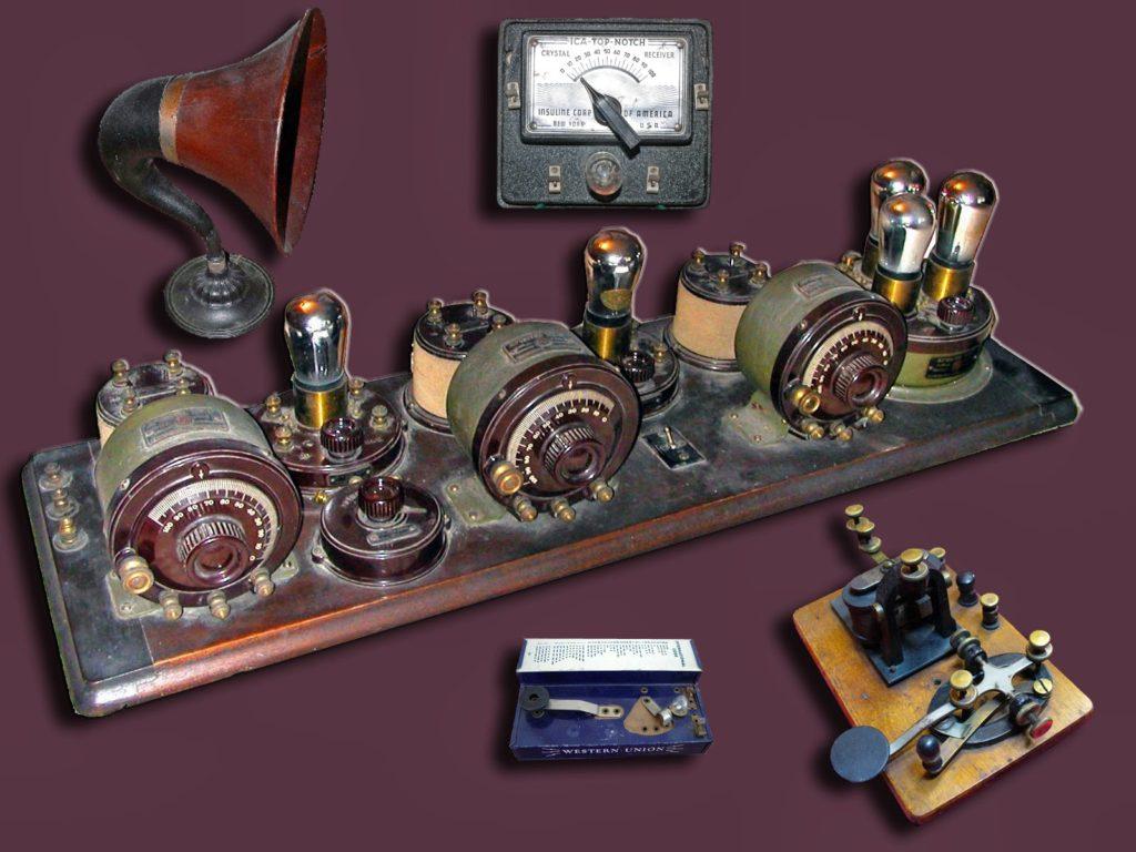 Old Radios on the KI4CFS.com Amateur Radio Website